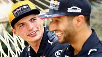 Max Verstappen a Daniel Ricciardo v Malajsii