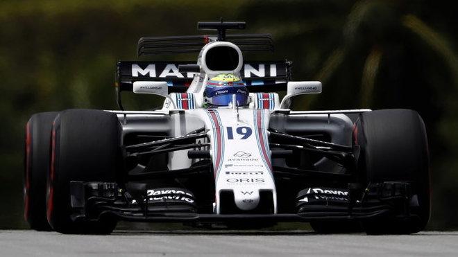 Felipe Massa s Williamsem FW40 v Malajsii