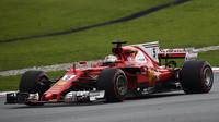 Sebastian Vettel v závodě v Malajsii