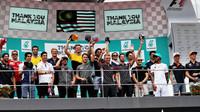 Piloti se loučí s okruhem v Malajsii