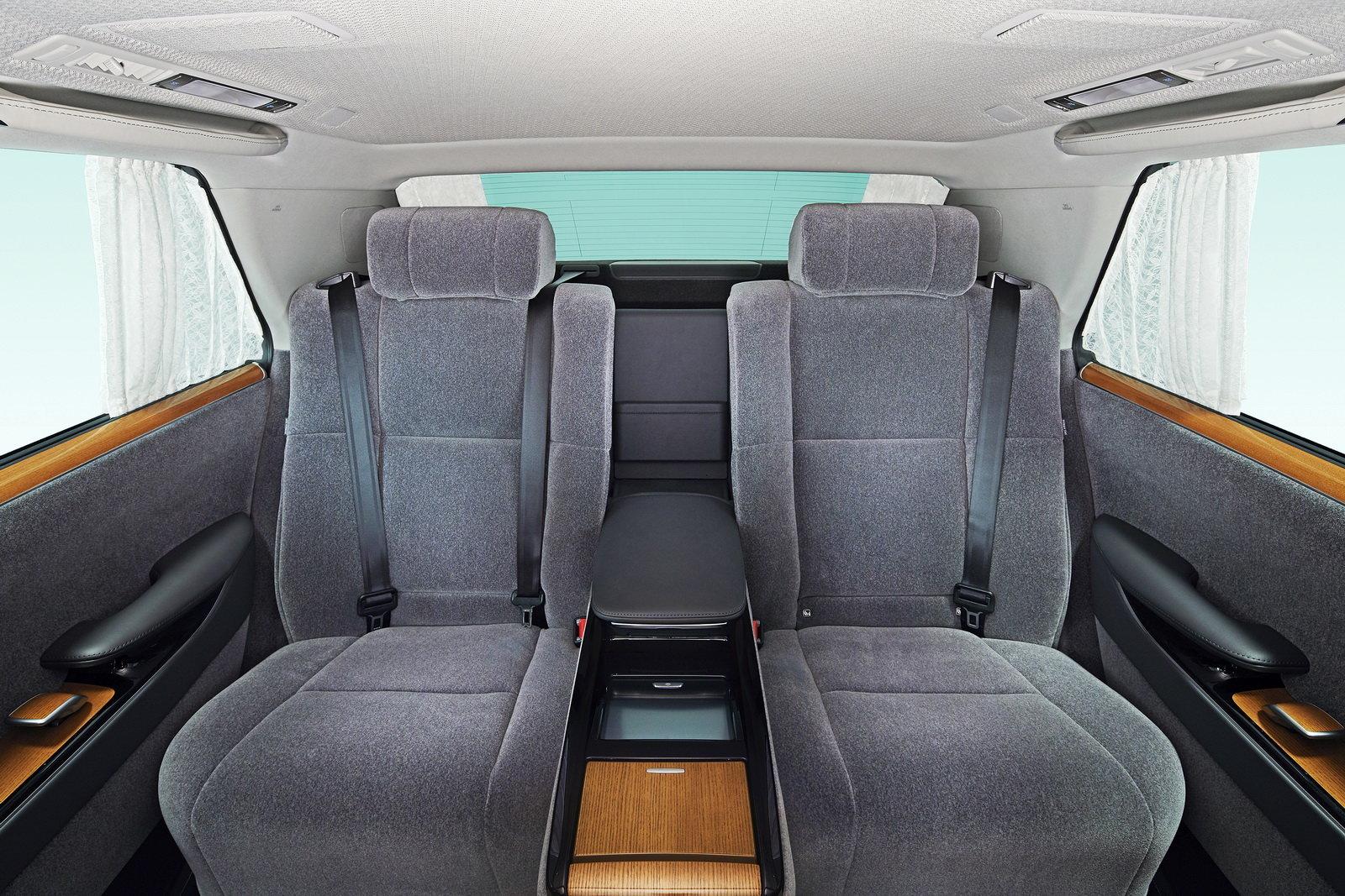Toyota Century 2018