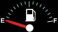 Kolik kilometrů ještě můžete ujet, když vám auto ukazuje prázdnou nádrž? - anotační foto