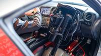 Dálkově ovládaný Nissan GT-R /C