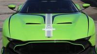 Aston Martin Vulcan v unikátní zelené barvě Verde Ithaca