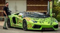 Poněkud nevzhledně upravené Lamborghini Aventador rozhodně zaujme