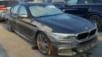 BMW M550i poškozené hurikánem Harvey