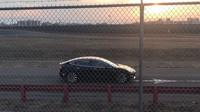 Zřejmě první záběry výkonné varianty elektromobilu Tesla Model 3