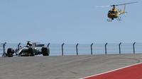Lewis Hamilton v závodě v Austinu