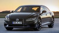 Volkswagen pracuje na ostrém Arteonu R. Vlajková loď nabídne přes 400 koní - anotační foto