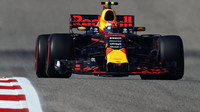 Max Verstappen v závodě v Austinu