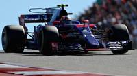 Daniil Kvjat se vrací k Toro Rosso, sveze se po závodě v Abú Zabí