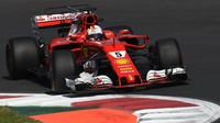 Sebastian Vettel se v úvodu Velké ceny Mexika postaral o nemalé vzrušení