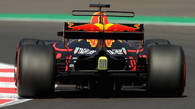 Záď Red Bullu RB13 v Mexiku