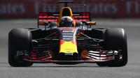 Daniel Ricciardo loni v Mexiku, kde Red Bull vyhrál