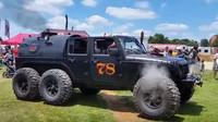 Unikátní parní Jeep Wrangler