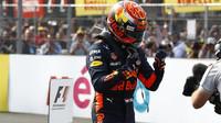 Max Verstappen dojel jako vítěz závodu v Mexiku