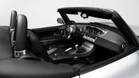 Retro designu BMW Z8 nedokázal odolat ani Steve Jobs (Foto: Karissa Hosek / RM Sotheby's)