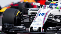 Felipe Massa v závodě v Mexiku