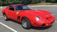 Téměř dokonalá replika vozu Ferrari 250 GTO vznikla z Datsunu 280Z
