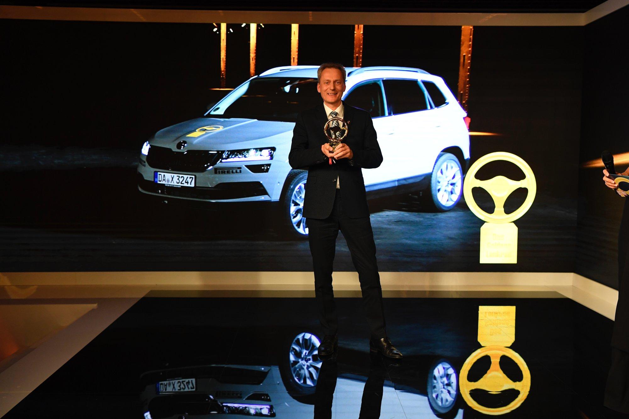 Škoda Karoq - Vítěz ankety zlatý volant v kategorii malá SUV