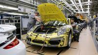 Pohled do výrobní haly automobilky Porsche