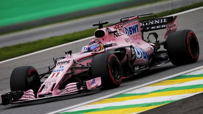 Sergio Pérez s motorem Mercedes byl na rovince v Brazílii ze všech nejrychlejší