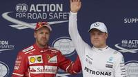Valtteri Bottas a Sebastian Vettel po kvalifikaci v Brazílii