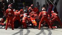Sebastian Vettel v závodě v Brazílii