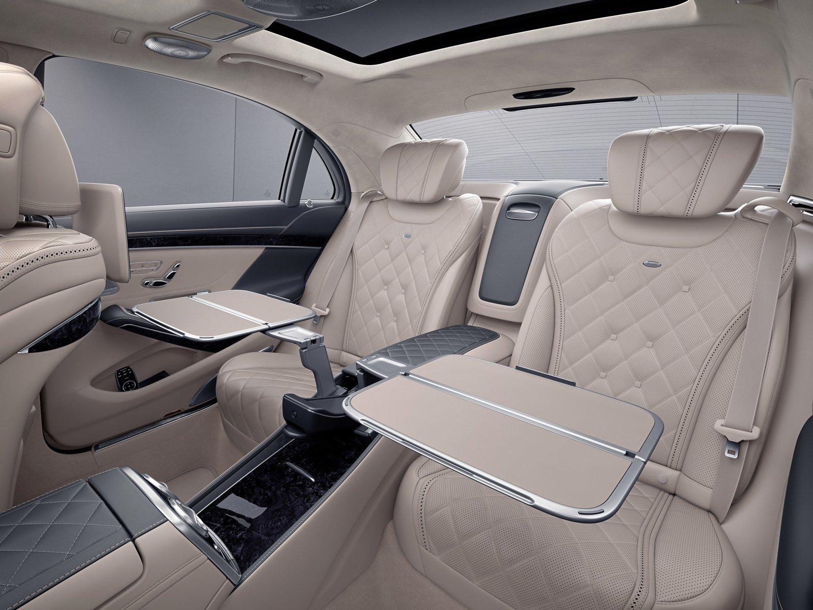 Nová první třída v letadlech Boeing 777 společnosti Emirates se inspirovala luxusním interiérem vozu Mercedes-Benz S-Class