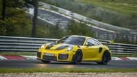Porsche 911 GT2 RS na Nürburgringu