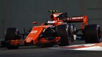 Prost o smlouvě Renaultu s McLarenem, pozitivním tlaku, spolehlivosti a velké ztrátě na špici - anotační foto