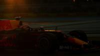Max Verstappen v kvalifikaci v Abú Zabí