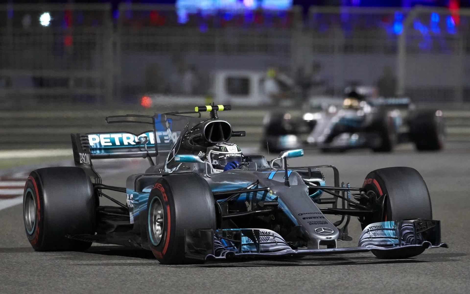 Čeká nás další sezóna, v níž bude udávat tempo Mercedes?