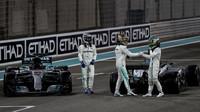 Valtteri Bottas, Felipe Massa a Lewis Hamilton po zváodě v Abú Zabí