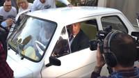 Tom Hanks si převzal svůj nový Fiat 126p