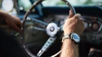 Hodinky vyrobené ze starých a neopravitelných vozů Ford Mustang. REC Watches, kolekce P-51