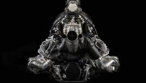 Honda kvůli své počáteční ztrátě očekávala horší vývoj letošní sezóny. Na Mercedes ale stále nemá - anotační obrázek
