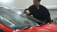 Tekuté stěrače vám mohou za volantem hodně pomoci, ovšem jejich aplikaci byste neměli podceňovat