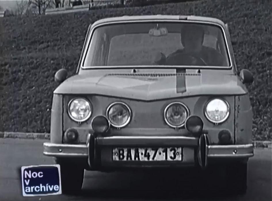 Co vše museli mít auta v roce 1974?