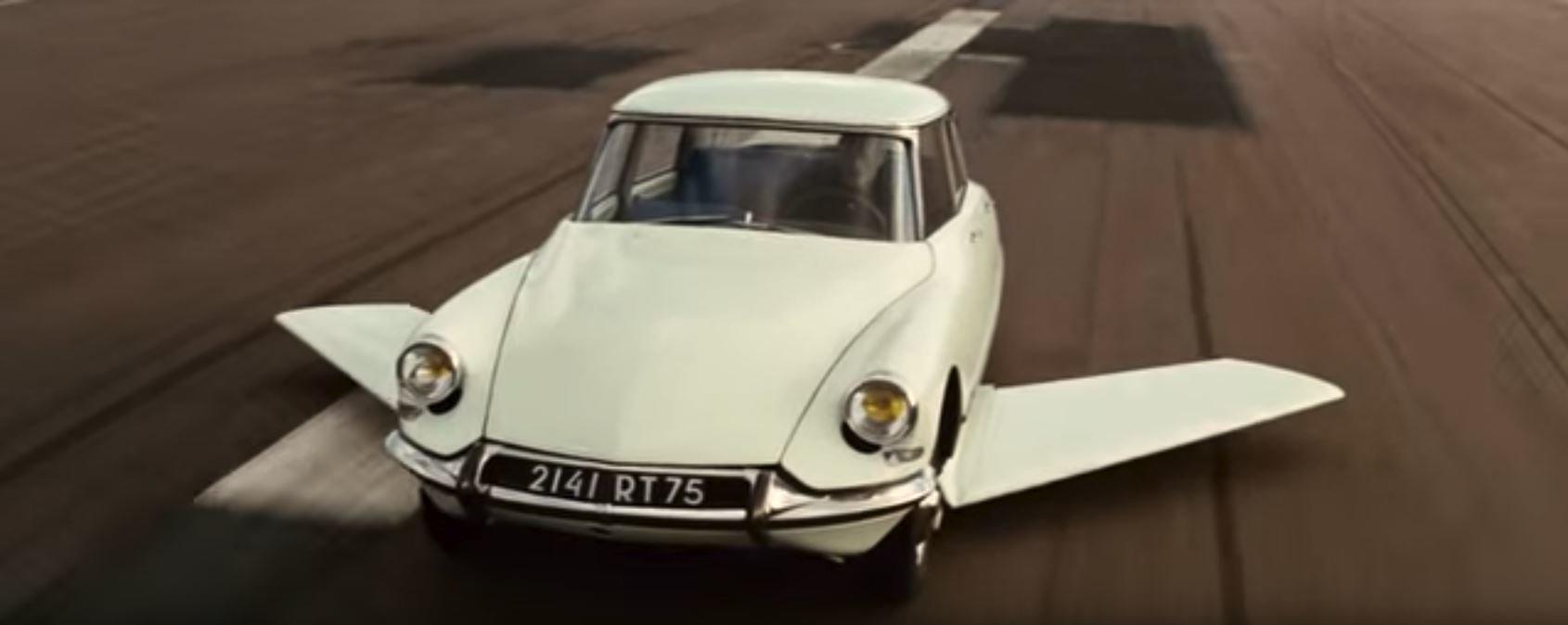 Fantomasův legendární Citroën DS 19