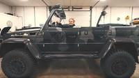Jon Olsson vytvořil ze svého Mercedes-Benz G500 4x4² kabriolet