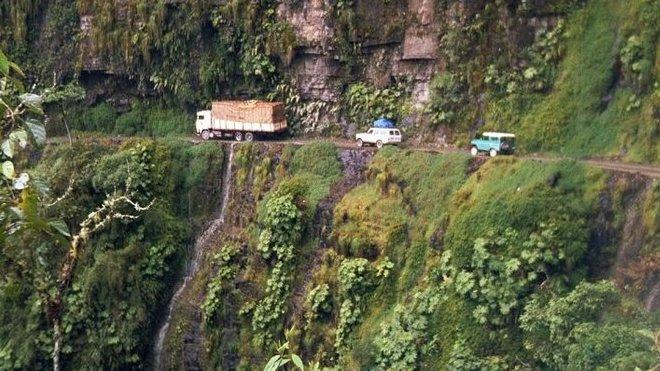El Camino de la Muerte neboli Cesta smrti je nejnebezpečnější silnicí na světě