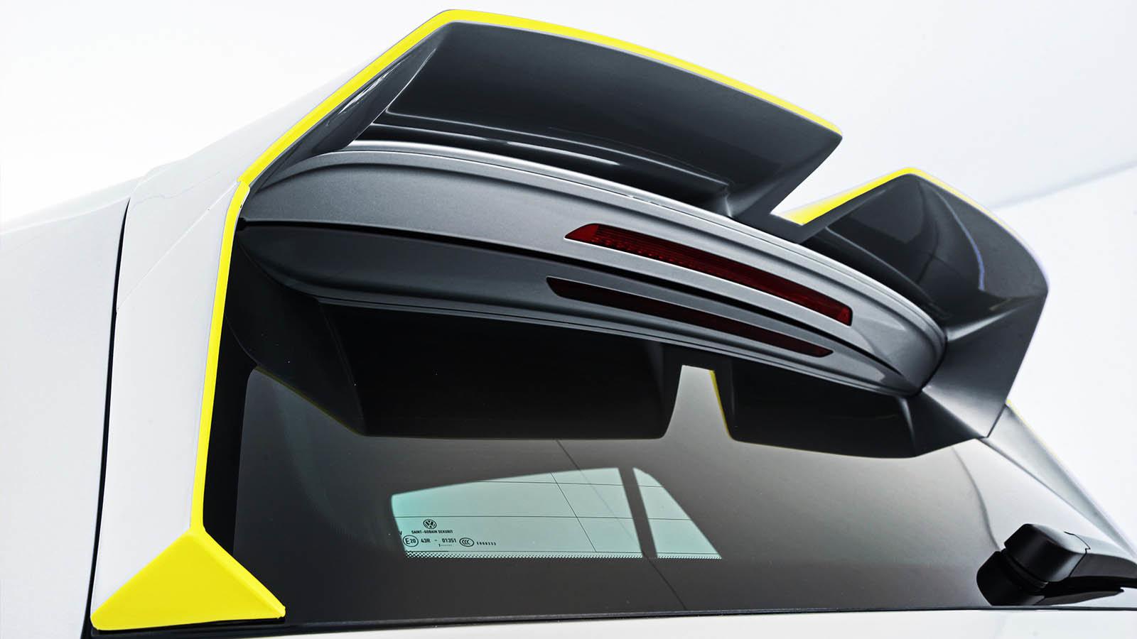 Policejní Volkswagen Golf R z dílny Oettinger