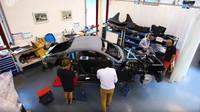 Výroba sportovního vozu TVR Griffith