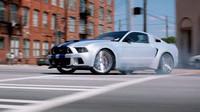 Upravený Ford Mustang se stal hlavní automobilovou hvězdou celého snímku Need for Speed