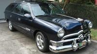 Postarší kombík Mercury se proměnil ve Ford z padesátých let