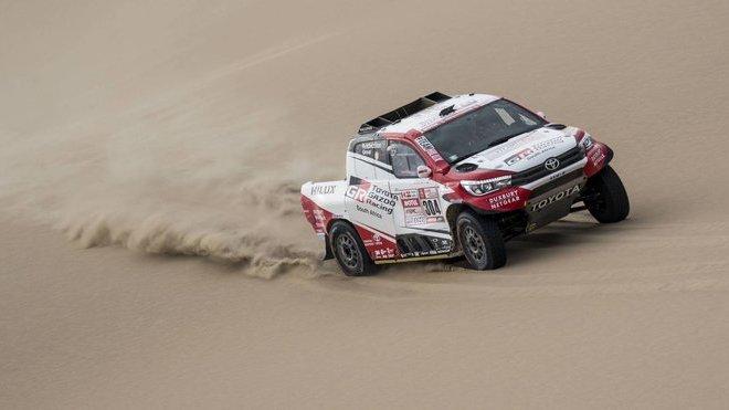 Giniel de Villiers na trati letošního Dakaru