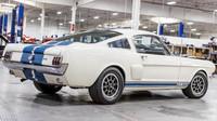 Shelby GT350H, který patřil do vlastnictví Carrolla Shelbyho