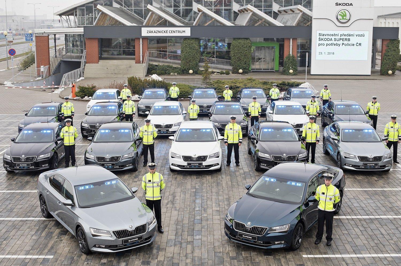 Nové policejní vozy Škoda Superb