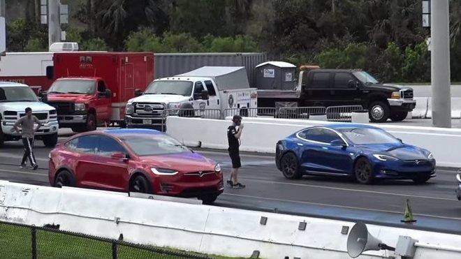 Tesla Model X P90D vs Tesla Model S P100D